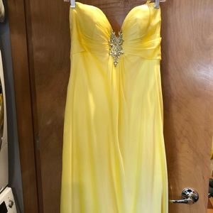 Flirt by Maggie Sottero NWOT strapless gown 12